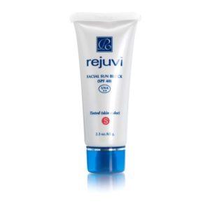 Rejuvi (s) Tinted Facial Sun Block (SPF40) 1